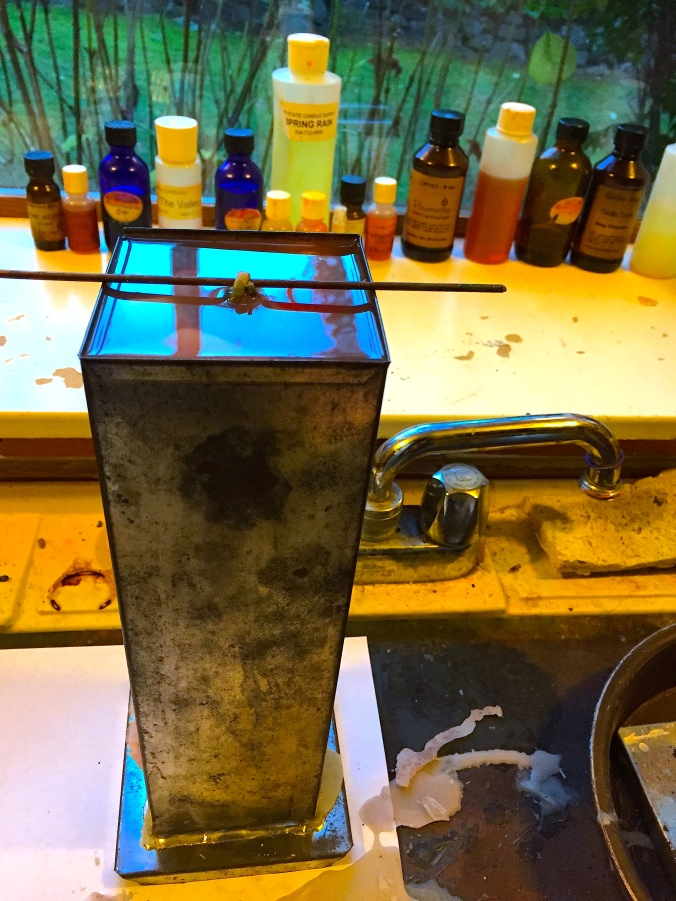 Pour Your Melted Wax Over the Chunk-Stuffed Mould. © Liesl Clark
